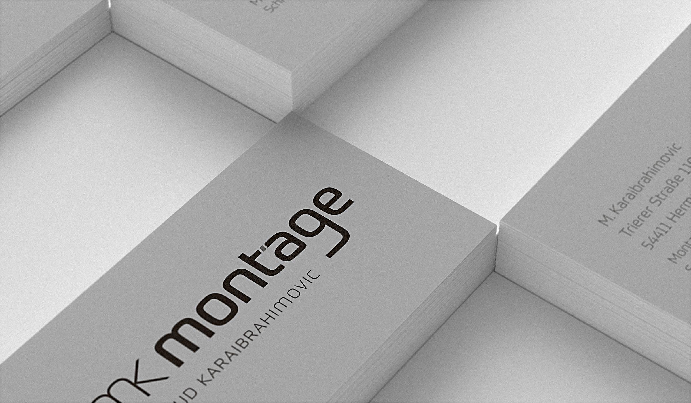 Firmenauftritt und Logo für einen Handwerksbetrieb in Hermeskeil entwickelt durch die Werbeagentur mieker - Konzept Design Strategie. Die Visitenkarten sind auf Recyclingkarton gedruckt und zeichnen sich durch ein Sonderformat aus, welches die Wirkung des Logos unterstützt und trotz allem hervorragend in die Geldbörse passt. Bestandteile des Firmenauftrittes: Grafikdesign, Logodesign, Corporate Design, Visitenkarten, Briefpapier, Briefumschläge, Geschäftspapierausstattung, Design Textildruck, Werbemittel, Werbung. Regionen: Hermeskeil, Trier, Luxemburg.