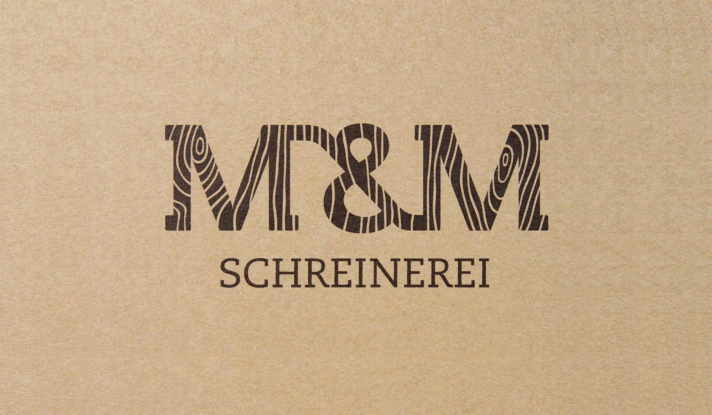 Konzeptarbeit ~ Corporate Design ~ Logodesign // Typologo mit Holzstruktur // M&M Schreinerei