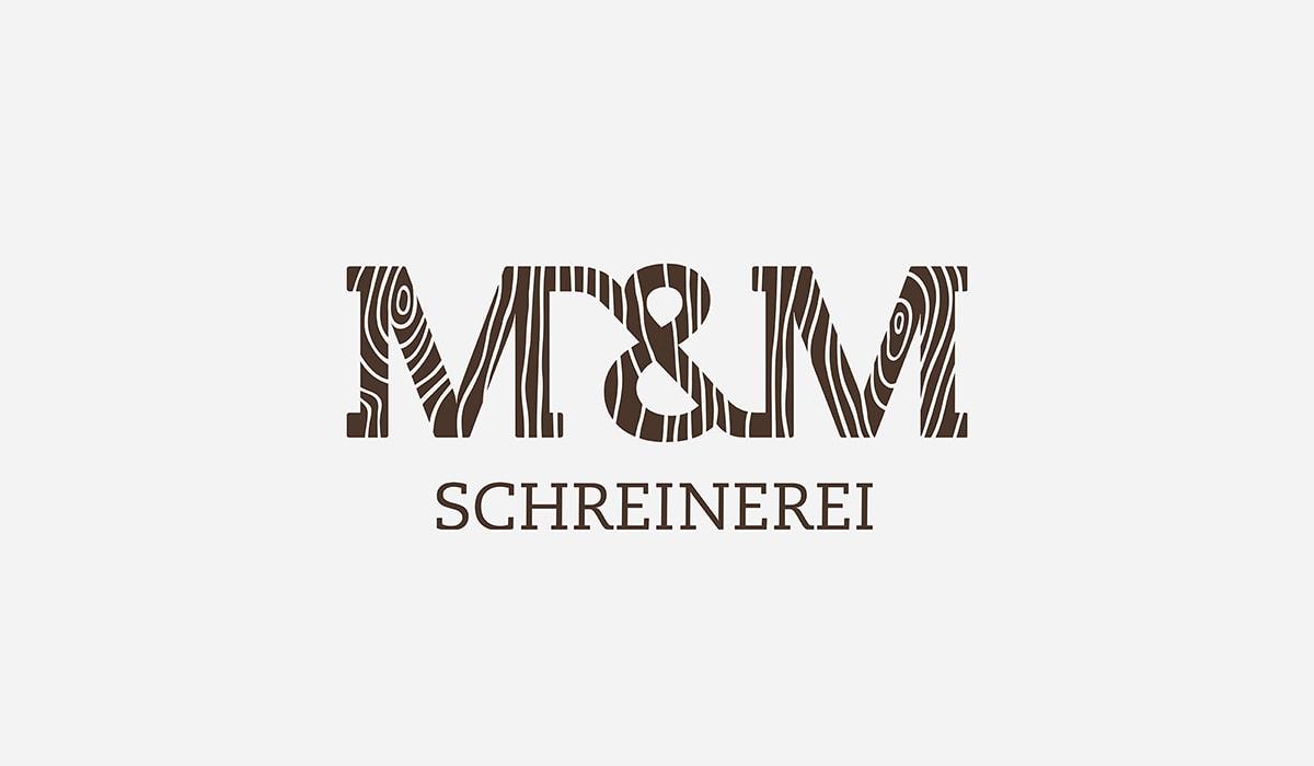 Konzeptarbeit ~ Logodesign // Typologo mit Holzstruktur für die M&M Schreinerei in Hermeskeil // Logogalerie
